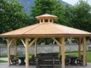 Pavilion mit Holzschindeln